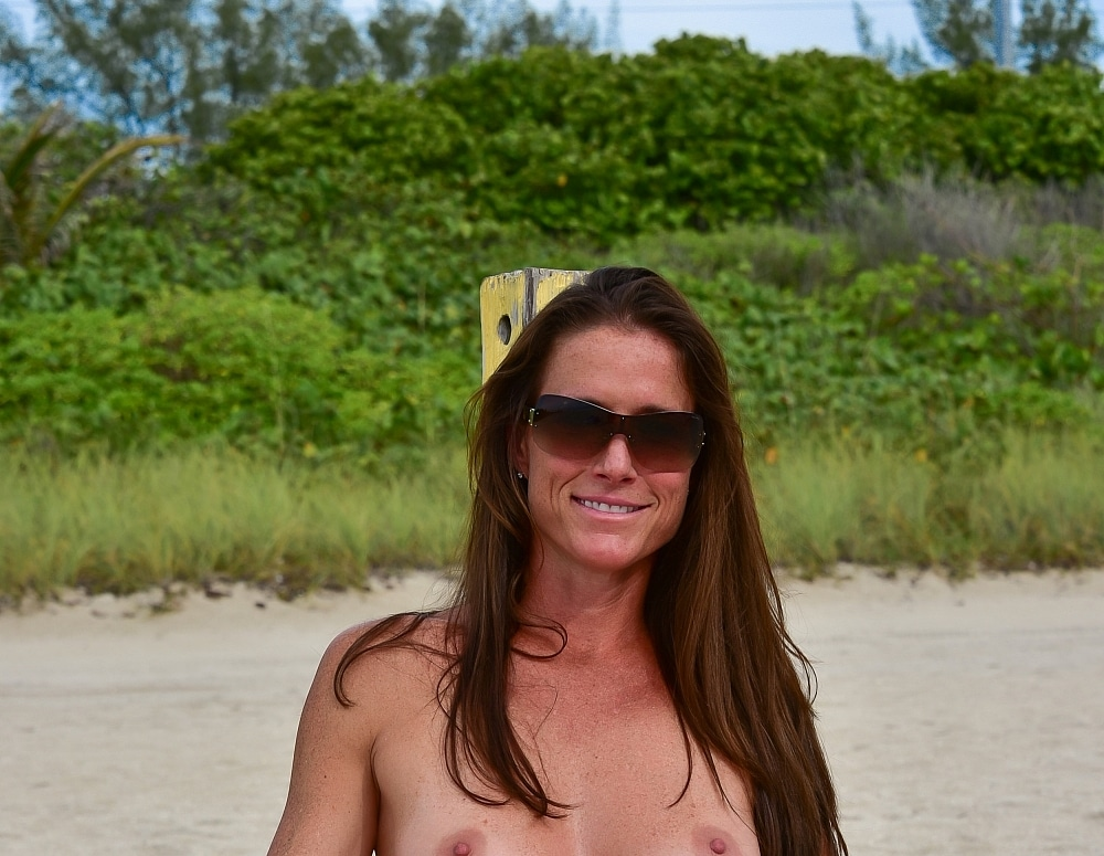 SofieMarieXXX/SM_WW_Scandal_Lace_Haulover_Beach