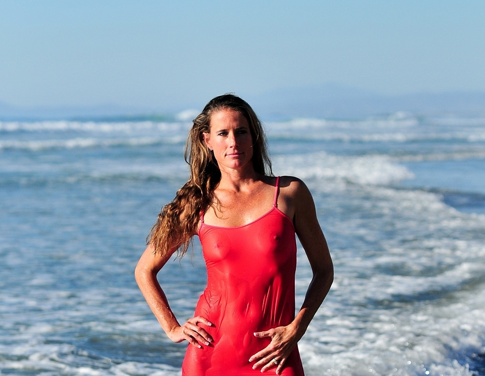 SofieMarieXXX/SM_ww_red_slip_ocean_part_3_web