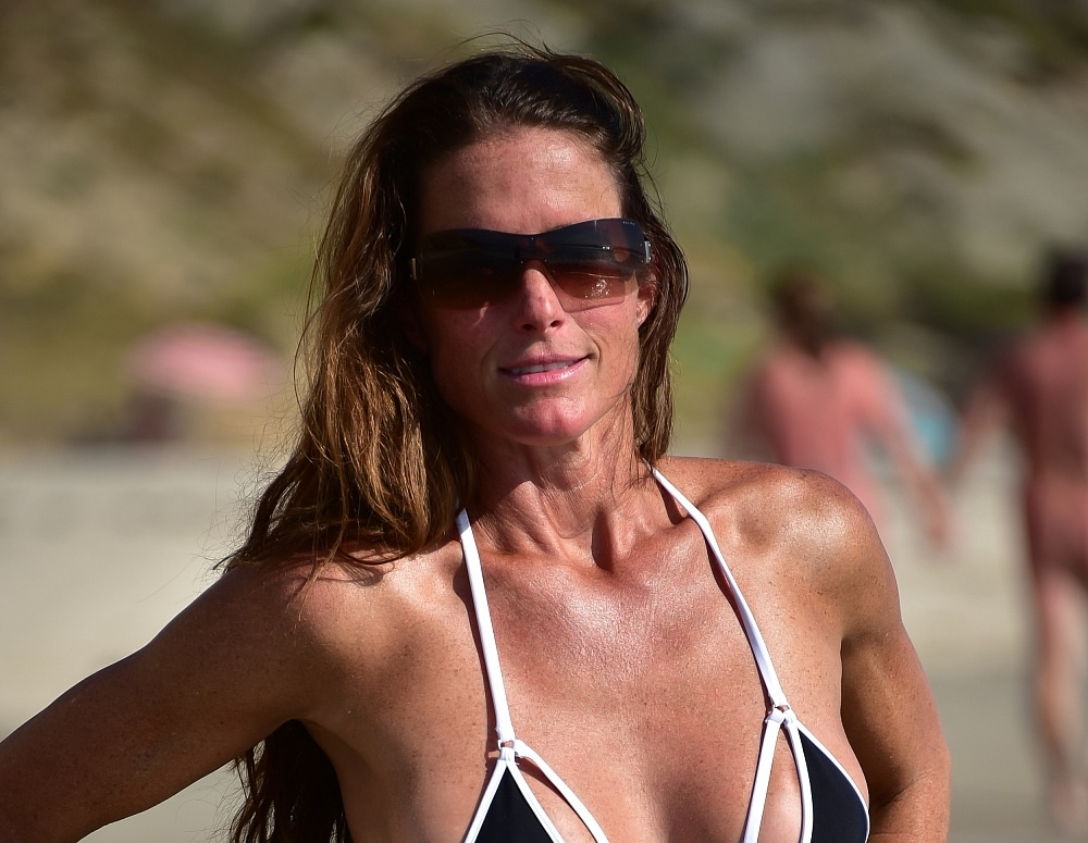 SofieMarieXXX/SM_ww_revolver_blacks_beach_web